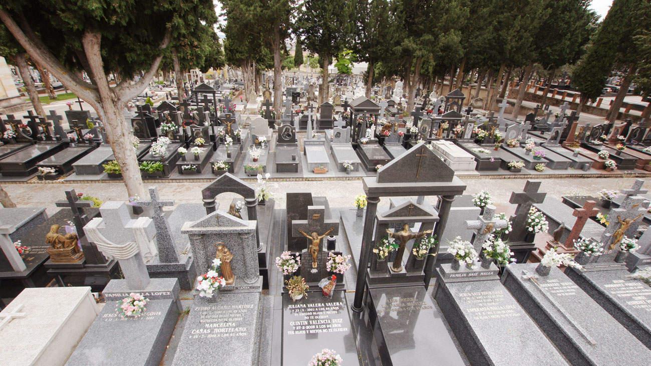 Interior Cementerio de Cuenca