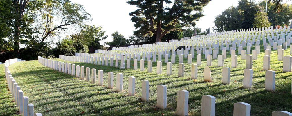 Cementerio de Louisville Cave Hills